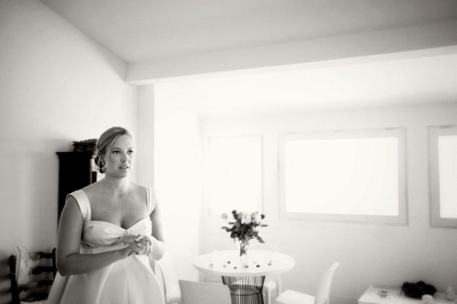 wedding-photographer-france-caught-the-light-wedding-photos-natural-wedding-photos--13