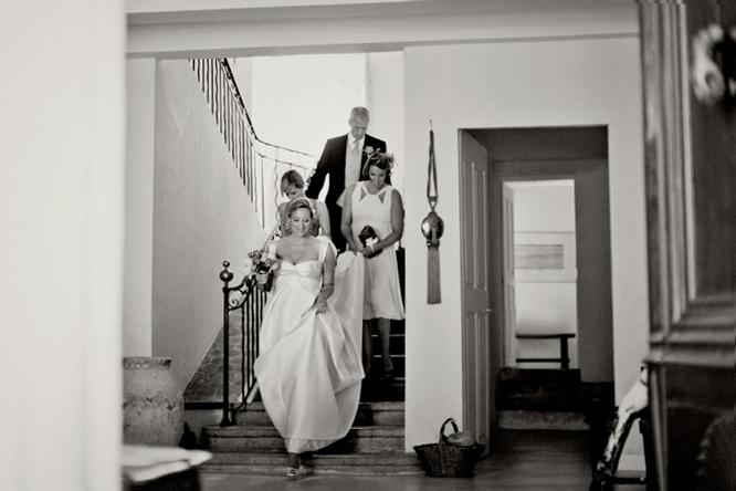 wedding-photographer-france-caught-the-light-wedding-photos-natural-wedding-photos--16