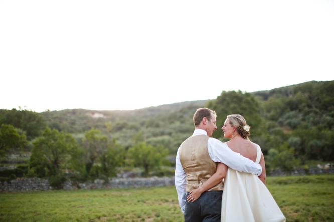 wedding-photographer-france-caught-the-light-wedding-photos-natural-wedding-photos--75