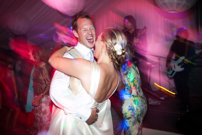 wedding-photographer-france-caught-the-light-wedding-photos-natural-wedding-photos--87
